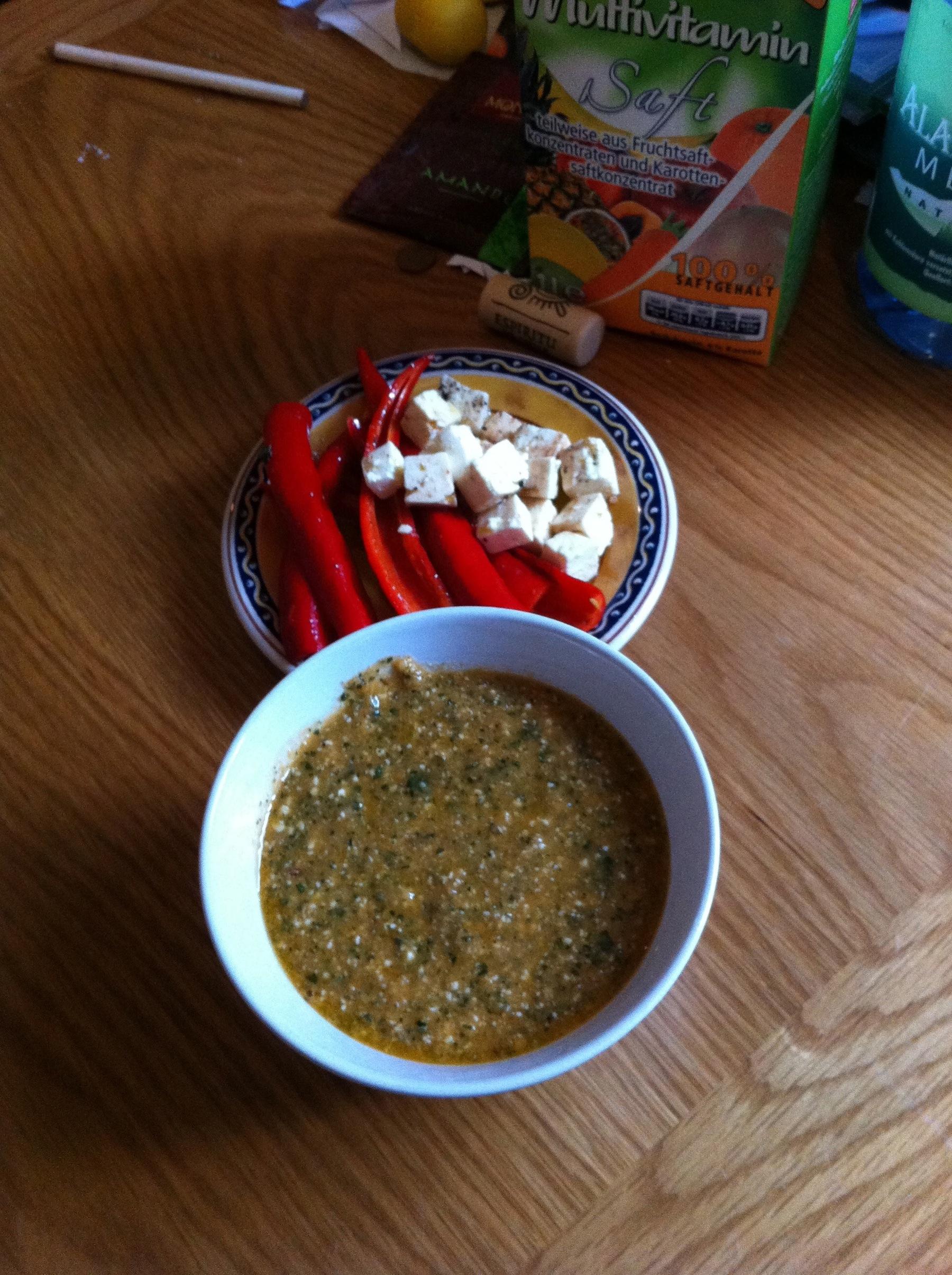 Pesto und Eingelegte Peperoni